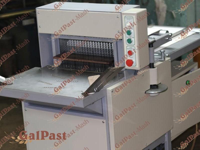 Машина для нарізання кондитерських виробів безперервного типу, конвеєрна РКЕ-К-200 (Кондитерська) - 1